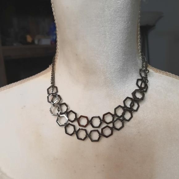 Paparazzi-Gunmetal Necklace Set